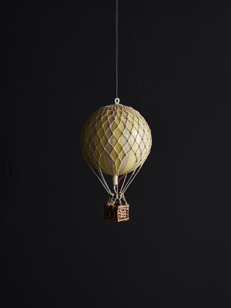 Christmas Balloon – Yellow – XS