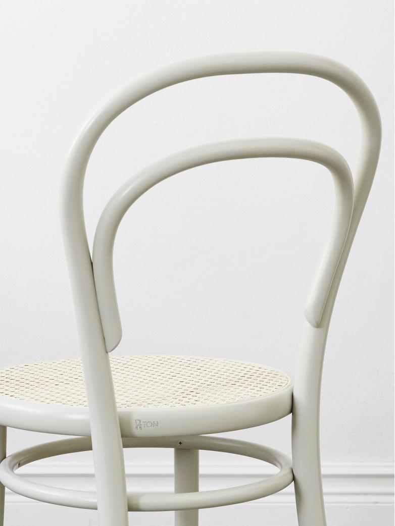Dejavu Chair No 378 – Pale Green - Wood